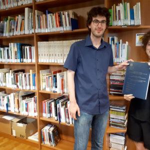 """288. Nuovo materiale per la Biblioteca delle migrazioni """"Dino Buzzati"""". Consegnata una testi sui rapporti Italia-Argentina"""