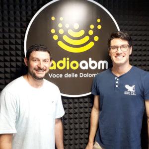 """295. Radio ABM. A """"Una voce delle Dolomiti"""" l'intervista a Bruno e Daniel, due giovani brasiliani oriundi di Seren del Grappa che parleranno di cittadinanza italiana"""