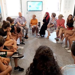 Un momento del laboratorio con la partecipazione di Patrizio, Franca e Assia.