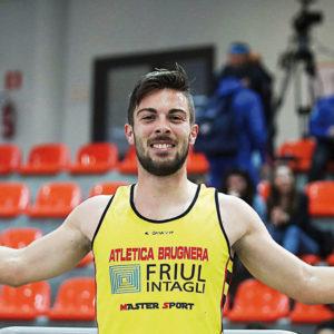 Enrico Riccobon è tricolore. Trionfo dell'atleta bellunese nei 1500 metri indoor