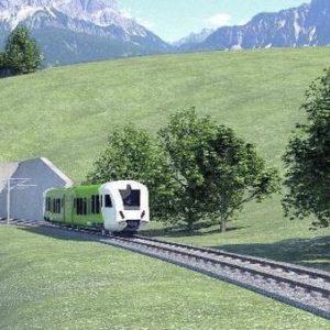 treno delle Dolomiti nel Bellunese
