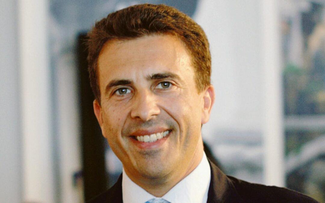 Regione Veneto. A Cristiano Corazzari la delega ai Veneti nel Mondo. De Bona, presidente Abm: «Buon lavoro assessore. I Bellunesi e i Veneti all'estero pronti a incontrarla»