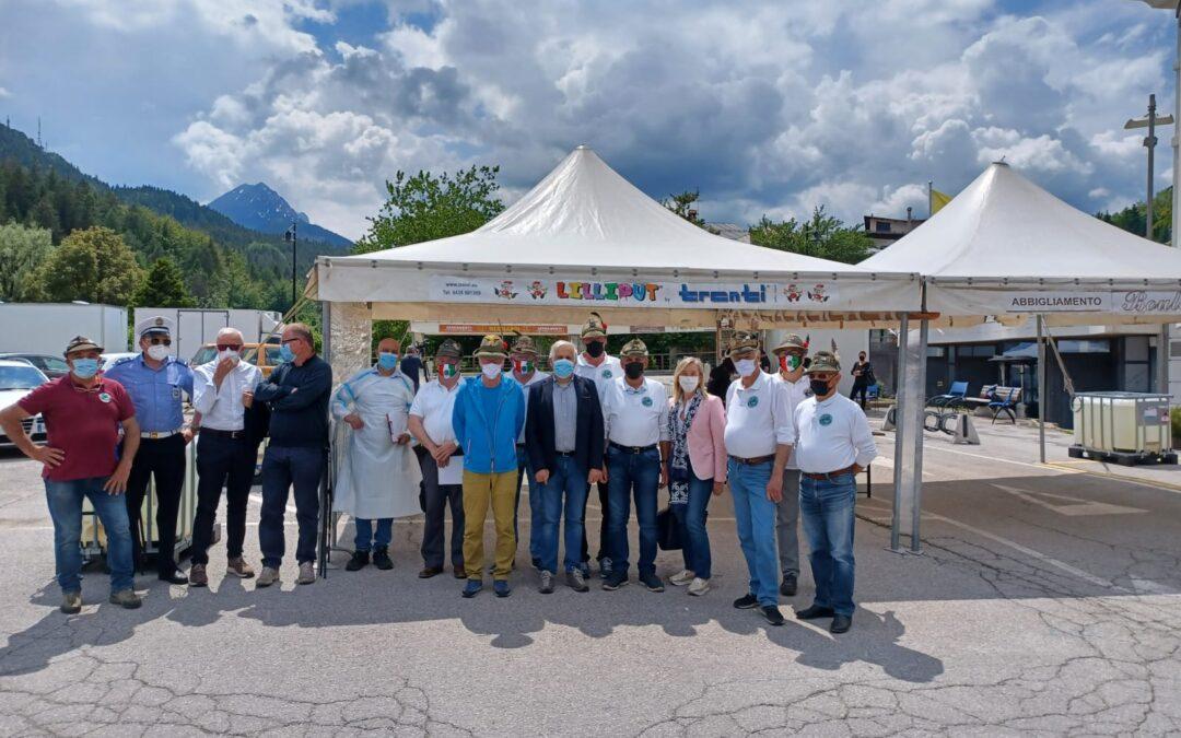 Il grazie dell'Ulss 1 Dolomiti ai volontari dell'ANA e della Protezione Civile attivi nei drive in del Bellunese